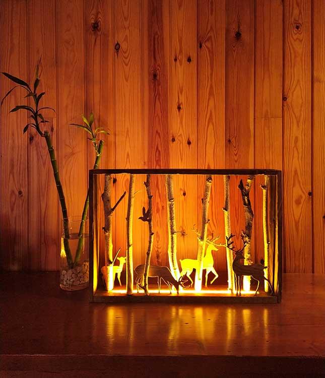 Lampara rustica, cuadro de madera con luz
