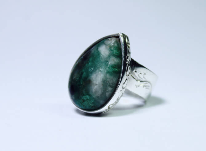 anillos de esmeraldas, moda, mujer, fashion, piedras preciosas