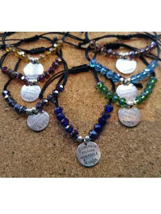 pulseras y llaveros personalizados, regalos originales, regalos personalizados