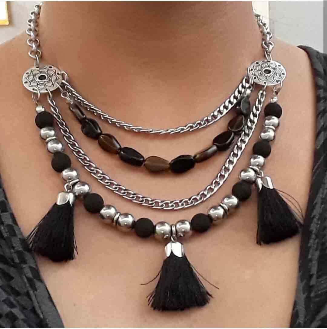 collares de mujer, bisuteria, moda, complementos, artesania, hecho a mano, bolsos