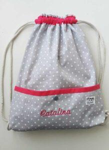 mochilas de telas impermeables y antimanchas