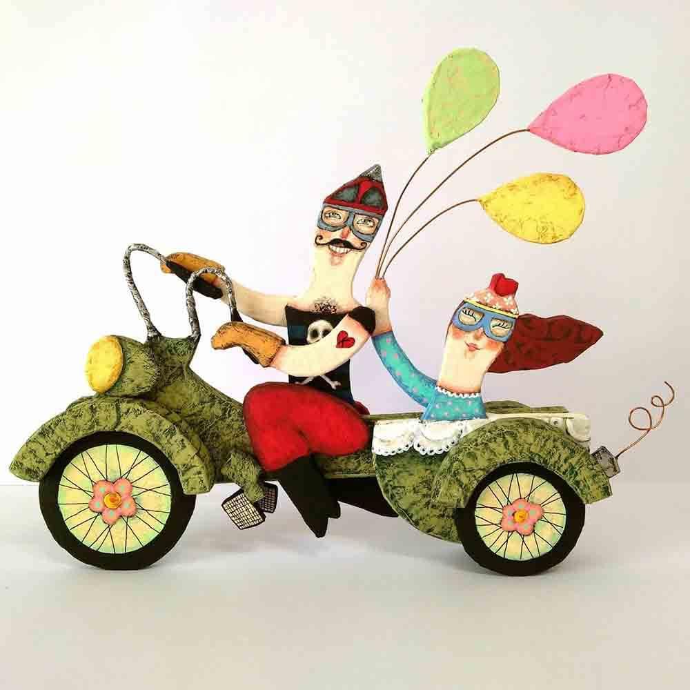cartón, escultura motorista, artesania, diseño