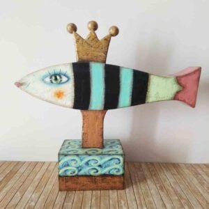 escultura de pez, cartapesta, artesania