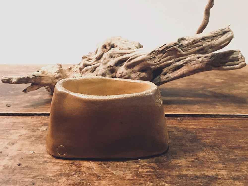 cerámica de alta temperatura, tazas, vasijas,, vasos, jarrones