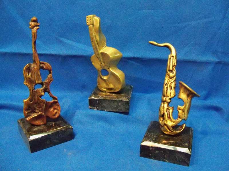 regalos de empresa, esculturas, decoracion, trofeos deportivos, cobre, laton
