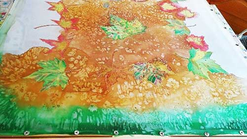 seda pintada a mano, hojas de colores